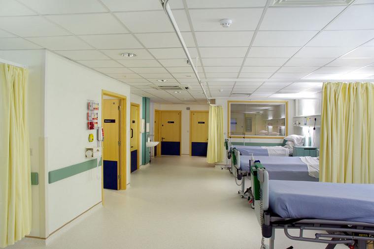Open plan hospital ward modular healthcare building