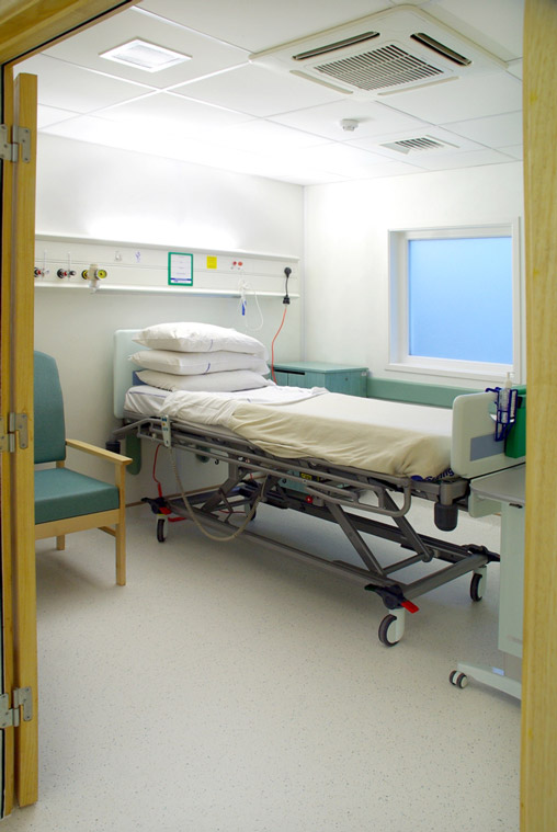 Hospital ward side room