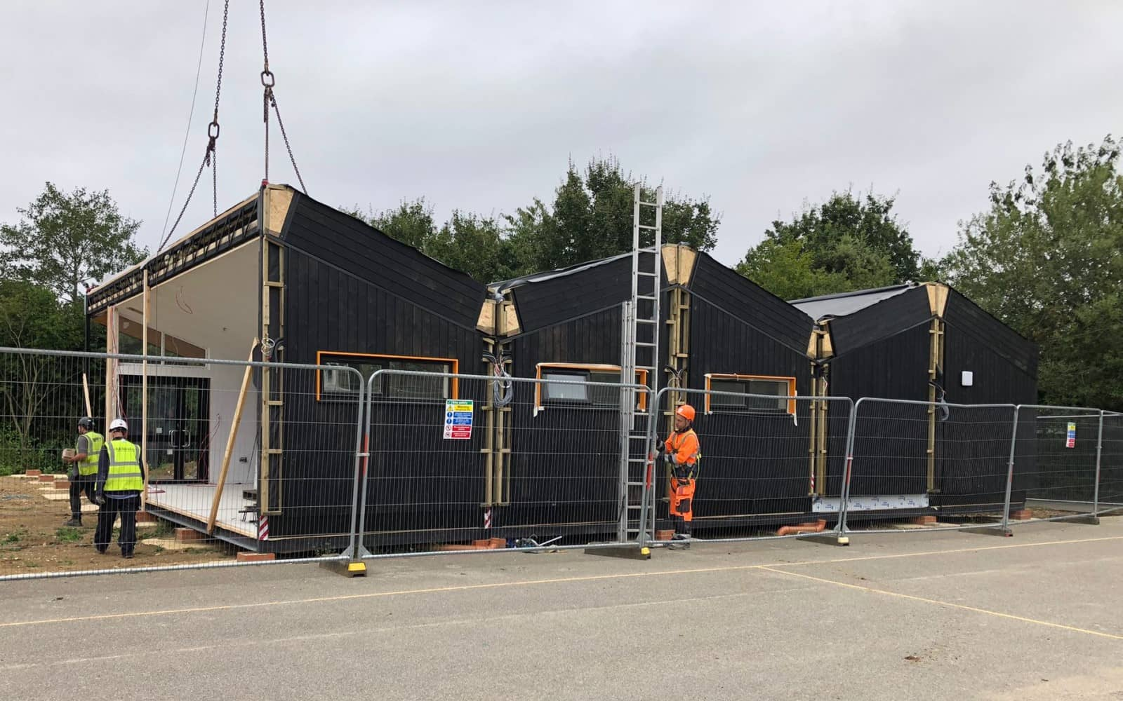 how to install a modular building, classroom installation in Peterborough
